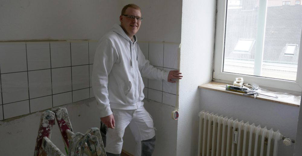 Andreas Judkevic, Auszubildender zum Maler- und Lackierer bei der Grüntal